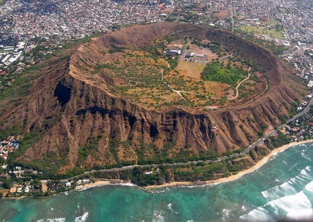 Különleges vulkáni kráterek