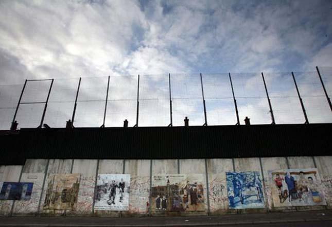 Béke vonal, Észak-Írország
