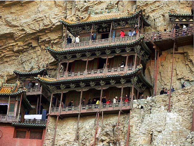 Hanging kolostor, Kína