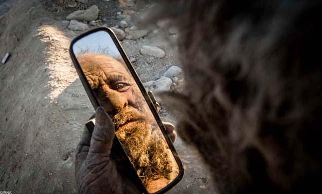 Az iráni férfi, aki 60 éve nem fürdött