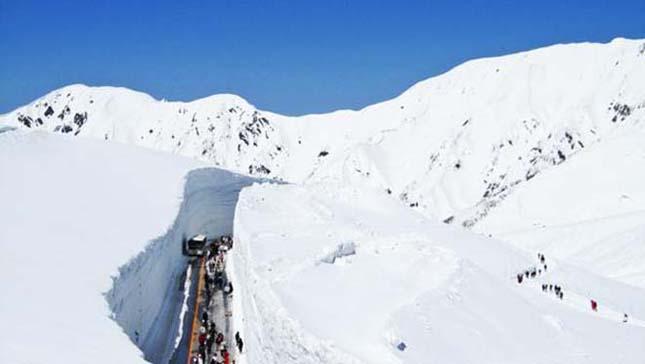 Japán hó út