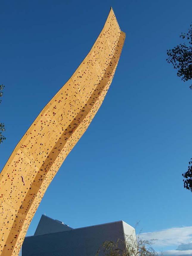 Excalibur, a világ legnagyobb mászófala