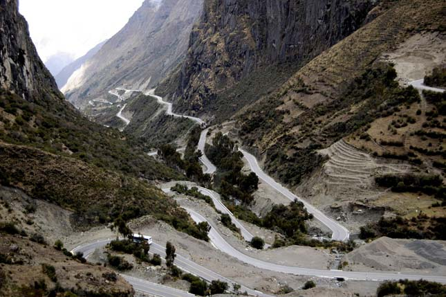 Mountain Road, Peru