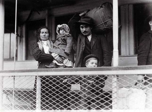 Lewis Hine, amerikai bevándorlók