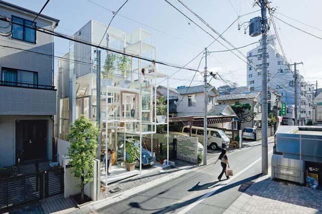 Átlátszó ház Tokióban