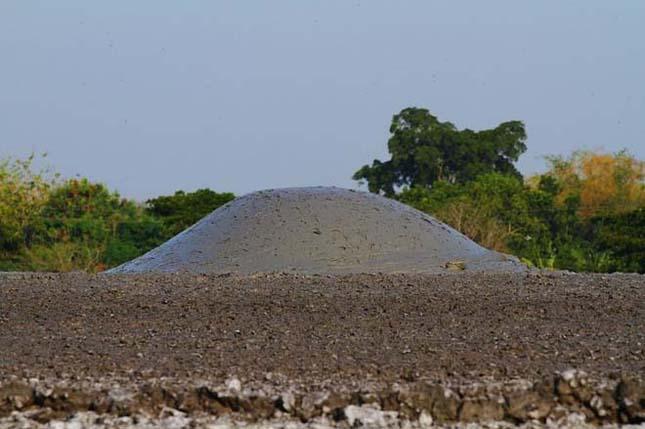 Bleduk Kuwu - Iszapvulkán Jáva szigetén