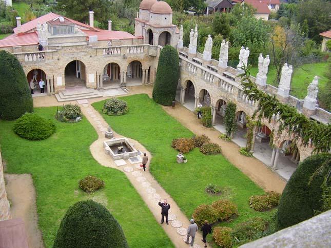 Bory-vár, Székesfehérvár