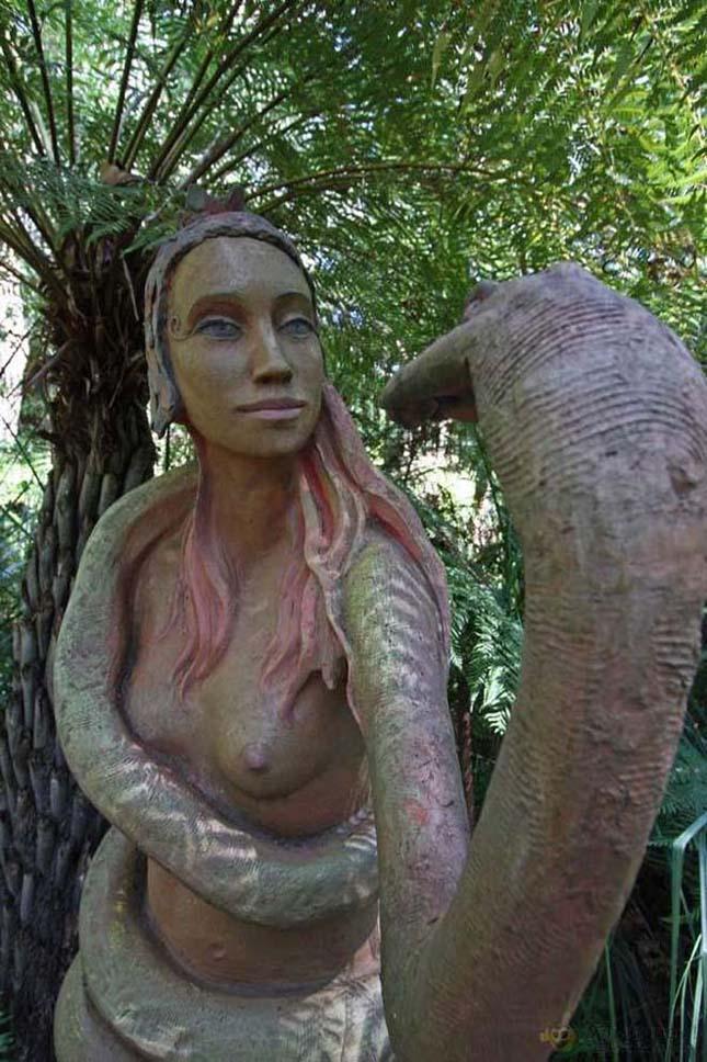 Bruno Torfs varázslatos szoborkertje