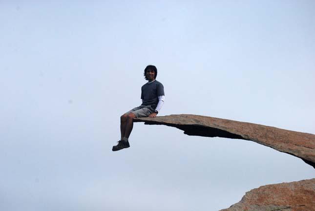 Burgonyaszirom szikla