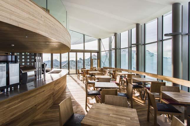 Café 3440, Ausztria