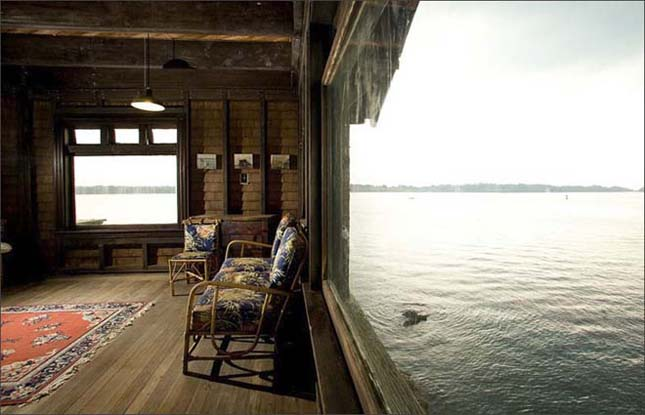 Clingstone, ház a sziklán a Narragansett öbölben