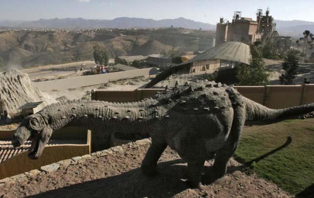Dinoszaurusz lábnyomok, Bolívia