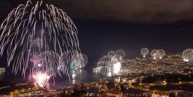 Tűzijáték dubai-fireworks-1 Hírek & Érdekességek