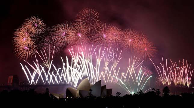 Tűzijáték dubai-fireworks-12 Hírek & Érdekességek