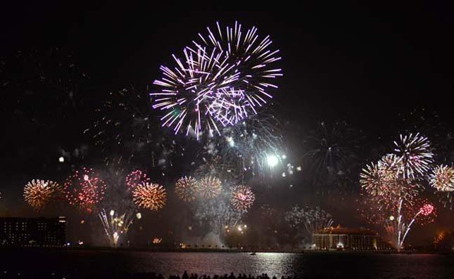 Tűzijáték dubai-fireworks-8 Hírek & Érdekességek