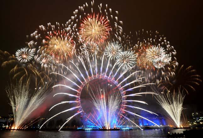 Tűzijáték dubai-fireworks-9 Hírek & Érdekességek