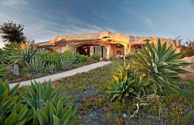 Igazi Flinstone ház Malibuban