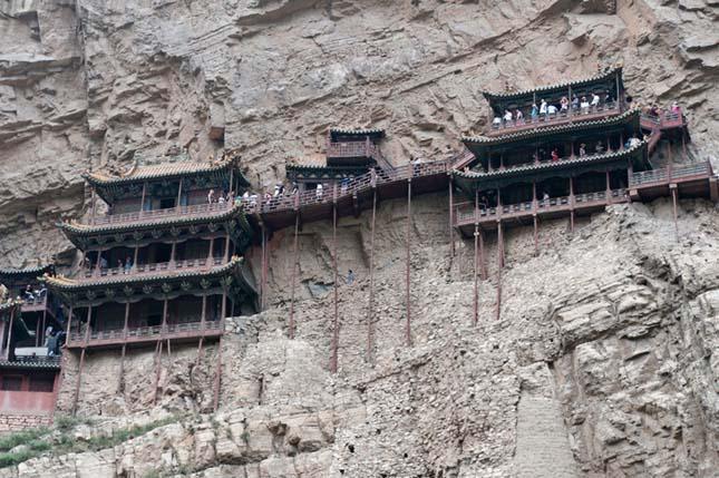 Huyan Khong Tu, a függő kolostor
