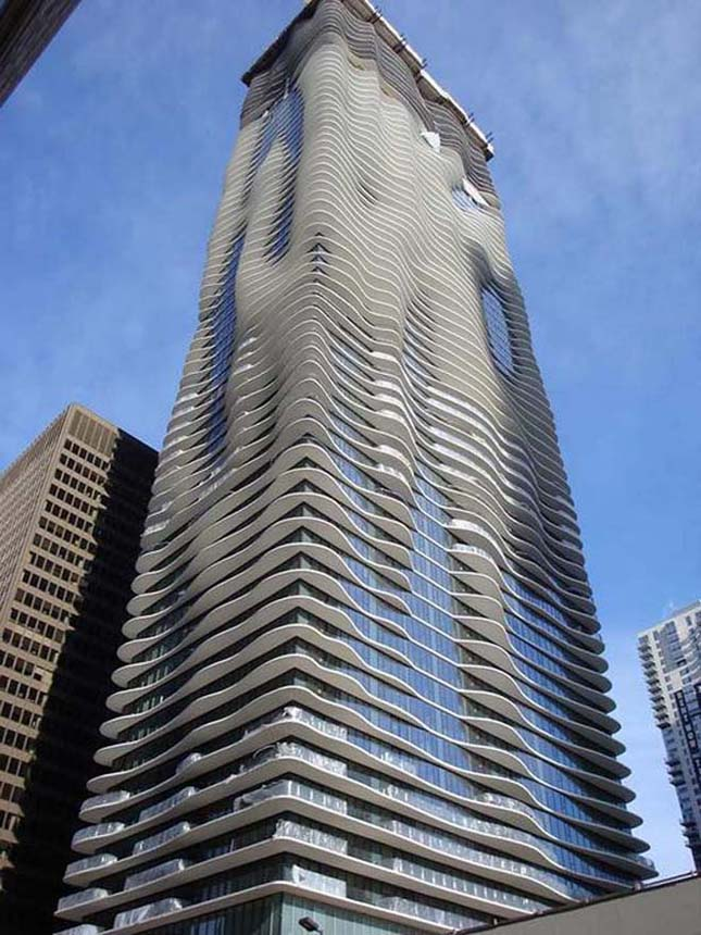 Furcsa épületek