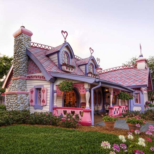 Furcsa házak