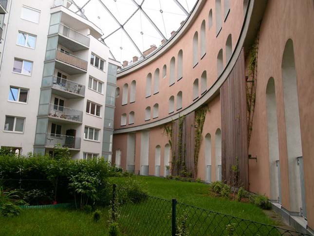 Gáztartályokból lakóházak