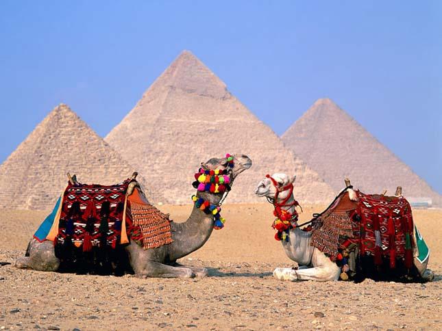 Gízai piramisok