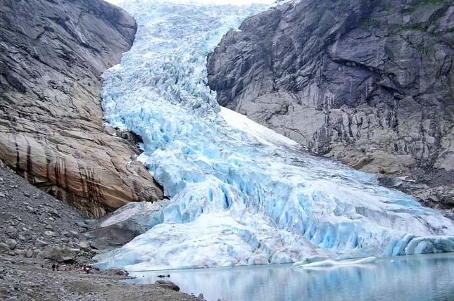 Olvadó gleccserek