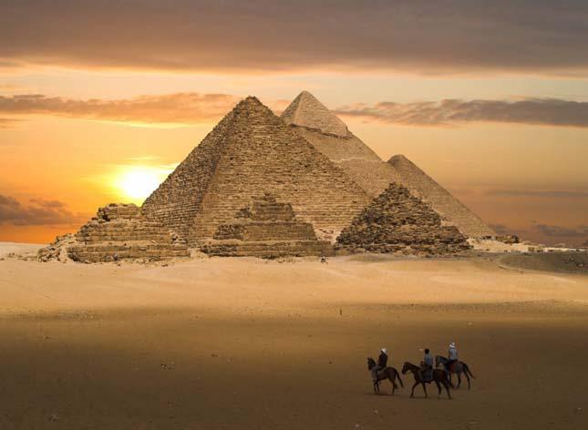 Gízai piramisok, Egyiptom