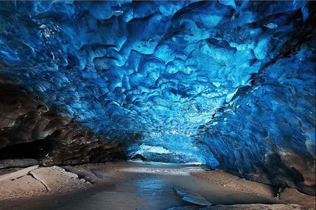 Jégbarlang Izlandon
