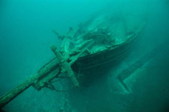 Hajóroncsok