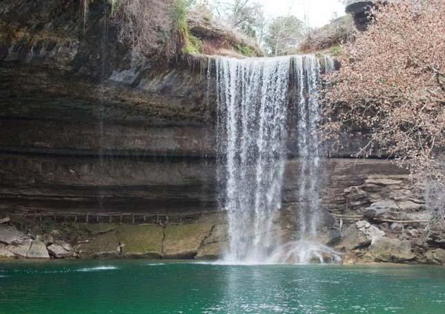 Hamilton Pool, gyönyörű természetes medence