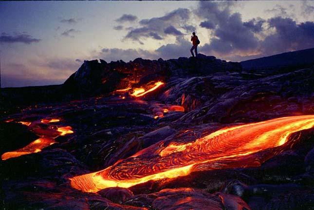 Hawaii az izzó láva földje