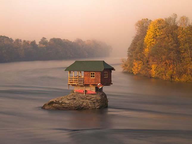 Ház a Drina-folyón