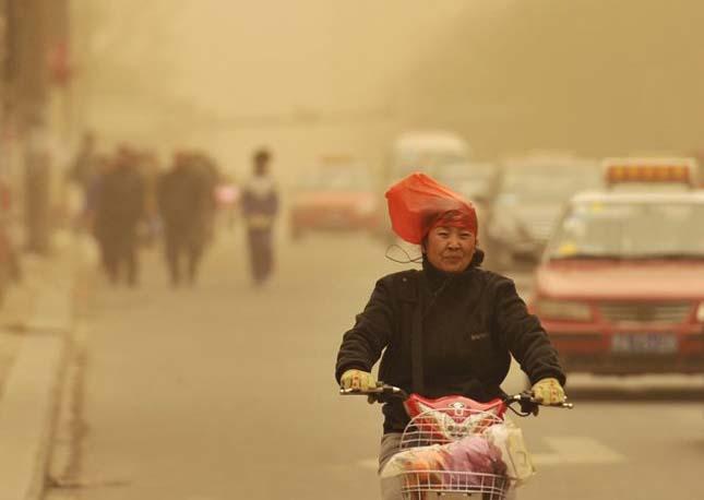 Homokvihar tombol Kínában