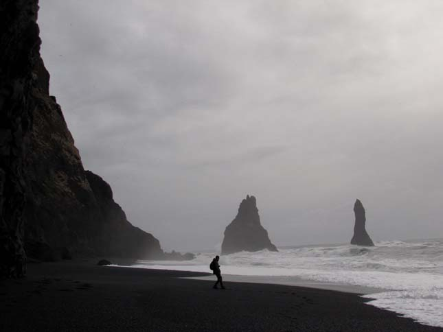Izland fekete homokos tengerpartja