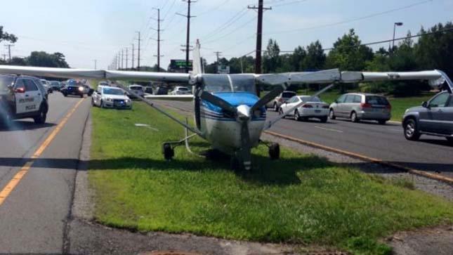 Autópályán landolt a kisrepülő