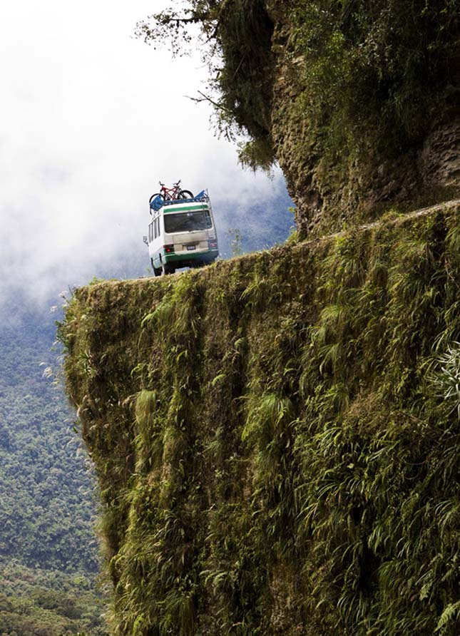 Hegyi halálút (camino a los Yungas), La Paz Coroico, Bolivia