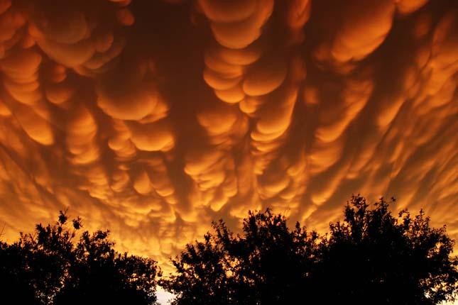 Mammatus, ritka felhőképződmény