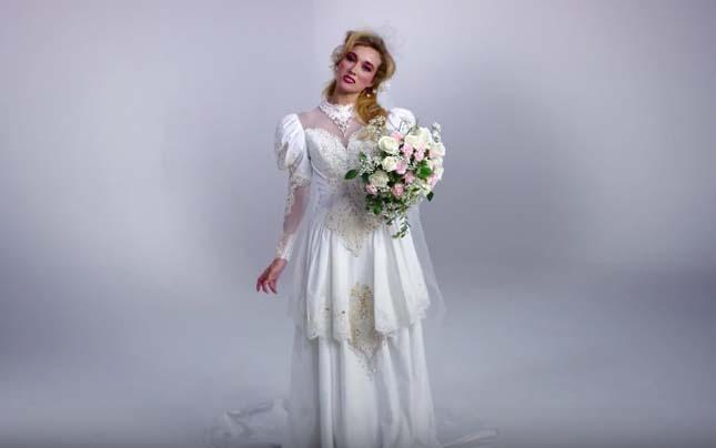 Így változott a menyasszonyi ruha az elmúlt 100 évben  fc91b3f5ef