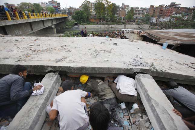 Nepáli földrengés 2015