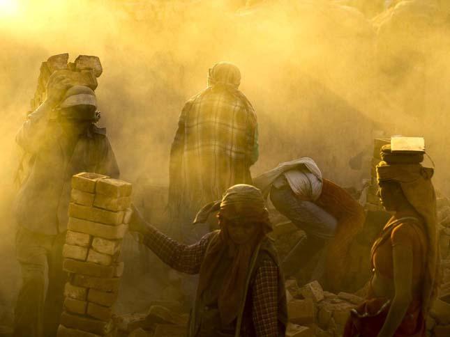 Nepáli gyerekmunkások