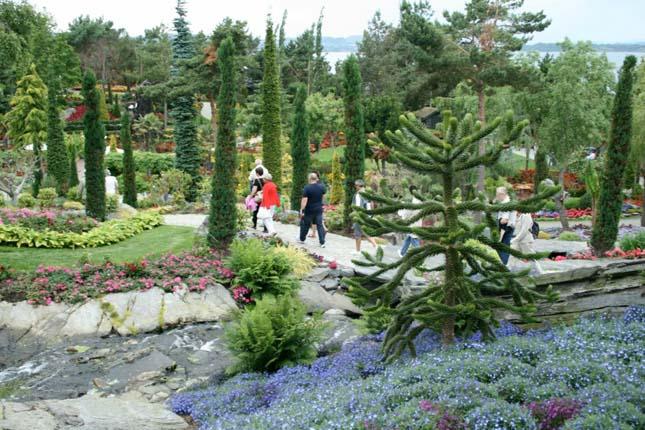 Flor og Fjaere, norvégia