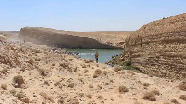 Rejtélyes tó keletkezett a tunéziai sivatagban