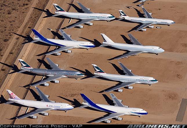Hatalmas repülőgép temetők  amerikai sivatagokban