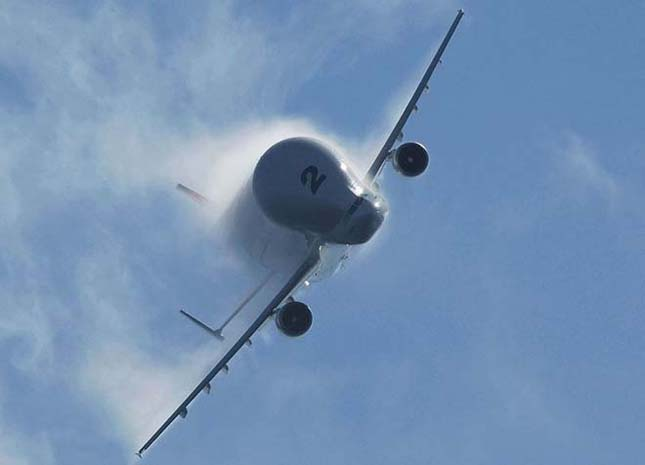 Repülőgépek, melyek más repülőgépeket szállítanak