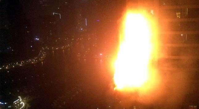 Tűz ütött ki a felhőkarcolóban