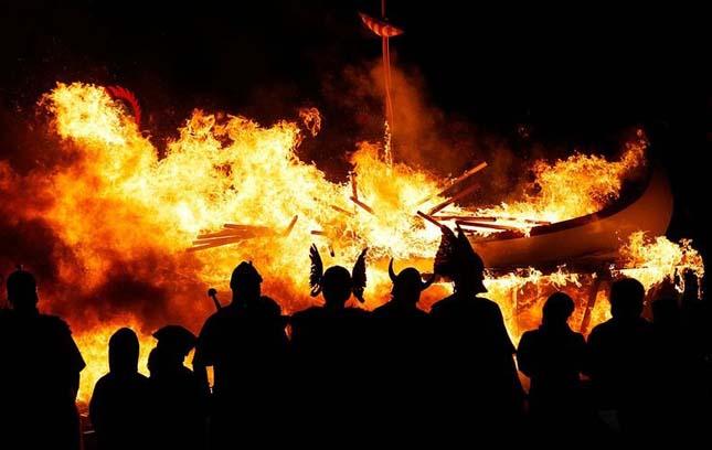 Up Helly Aa, Viking Tűz-fesztivál