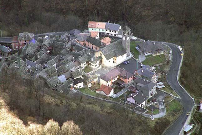 Viganella, az óriástükörrel megvilágított falu