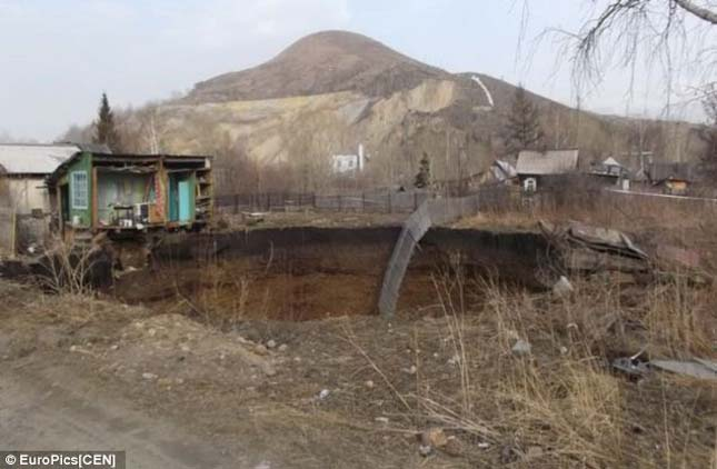 Víznyelő Kazahsztánban
