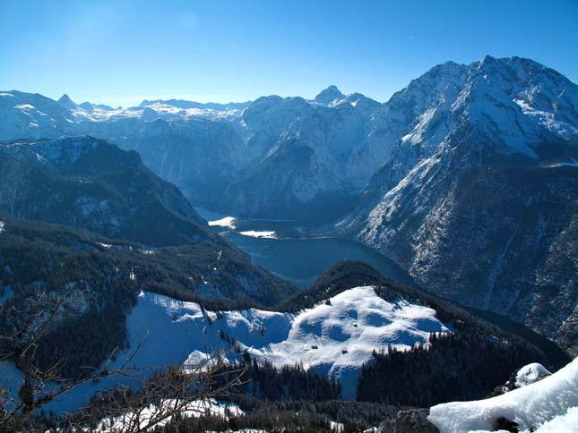 Watzmann-hegy és a kristálytiszta Königsee